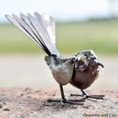 Oiseau naturel métal queue éventail